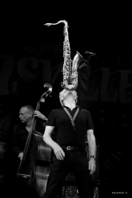Hans Dulfer play with saxophone, NisVille 2011