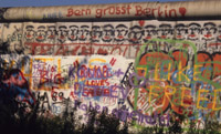 The Berlin Wall : Bern Grusst
