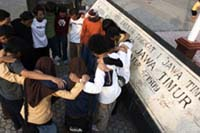 Prayer, Le Parkour Indonesia